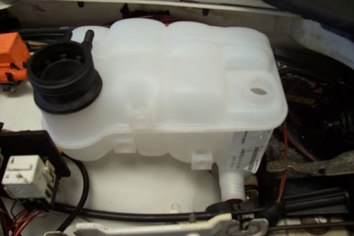New Expansion Tank on Bmw E36 M3 Engine Bay